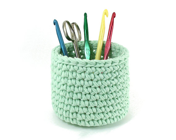 Crochet Bowl Pattern for T Shirt Yarn or other Bulky Yarn - Pencil Holder - PDF File Instant Download by MikesTShirtYarn