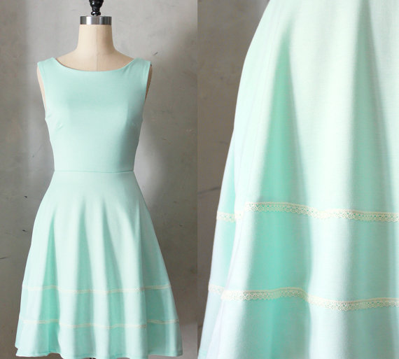 COQUETTE MINT - Light pastel green dress with pockets // flared circle skirt // ivory crochet // bridesmaid // vintage inspired // day by FleetCollection