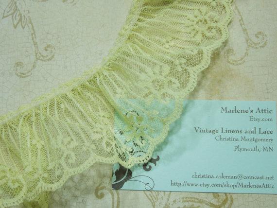 1 yard of 2 1/2 inch Yellow Chantilly ruffled lace trim for wedding, garter, bridal, baby, lingerie, hair acc by MarlenesAttic – Item KK3 by MarlenesAttic