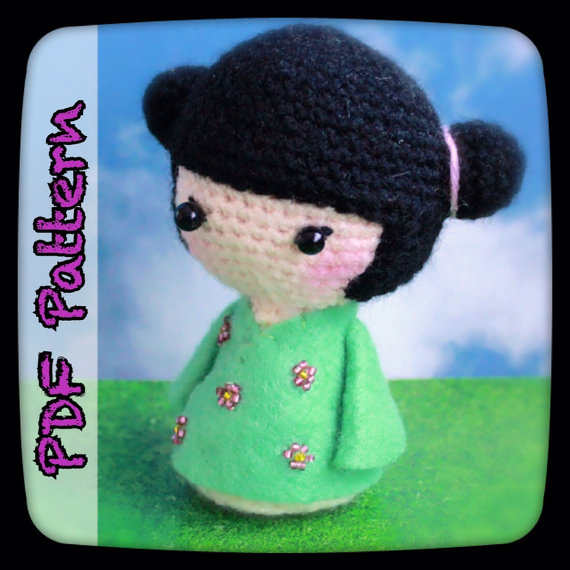Kokeshi Japanese Doll | 570x570