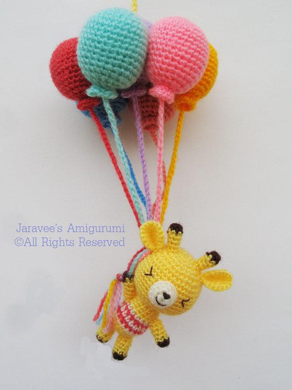 Giraffe and balloons – PDF Crochet Pattern by jaravee