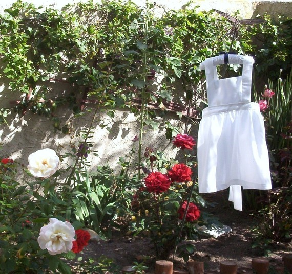 Child's Alice in Wonderland Pinafore Size 4, 5 or 6 by marylabarre