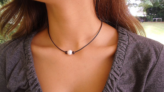 Classic Pearl on leather knotted, Leather Pearl Necklace, Leather Necklace, Classic, Chic by IseaDesigns