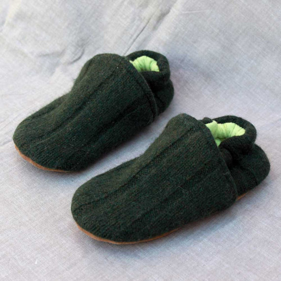 Green Wool Kids Slippers Leather Bottom size 3-4 years old made from recycled materials by littlefriendsco