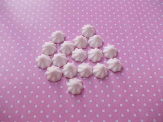 vanilla meringues, scale 1.12 by pepiminiatures