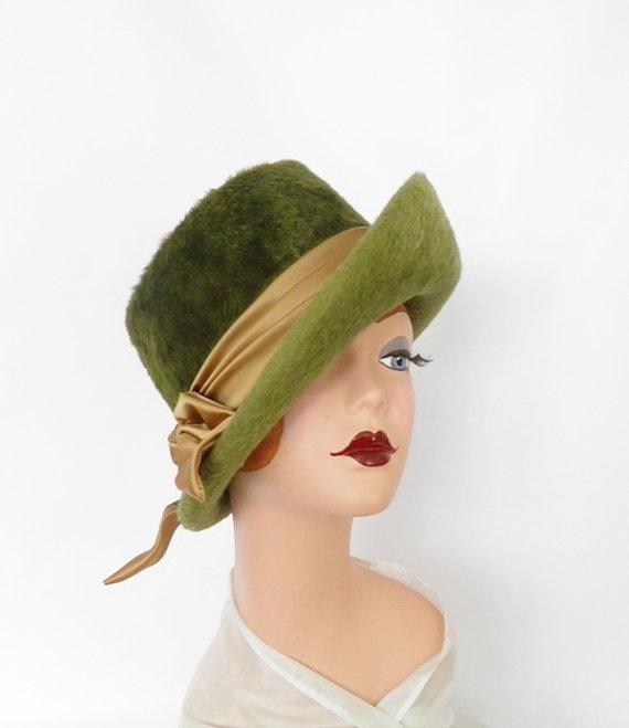 Vintage fedora hat, 1960s green faux fur, Austria Kutz. Retro mod by TheVintageHatShop