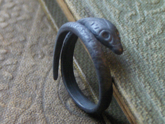 THE GRAY SERPENT – Black Mamba Sterling silver adjustable snake ring solid hand cast lost wax technique handmade made to order by Chymiera by Chymiera