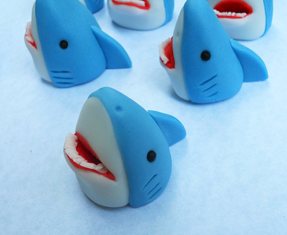 3D SHARKS. Edible Cupcake Toppers. by SWEETandEDIBLE