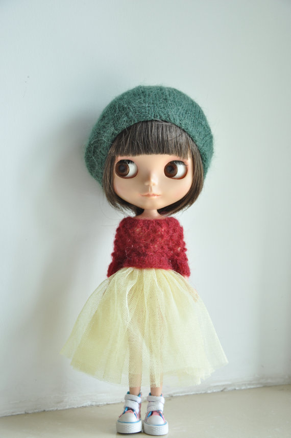 Babydoll Longhair Angola Wool Beret for Blythe Doll- forest green by susa