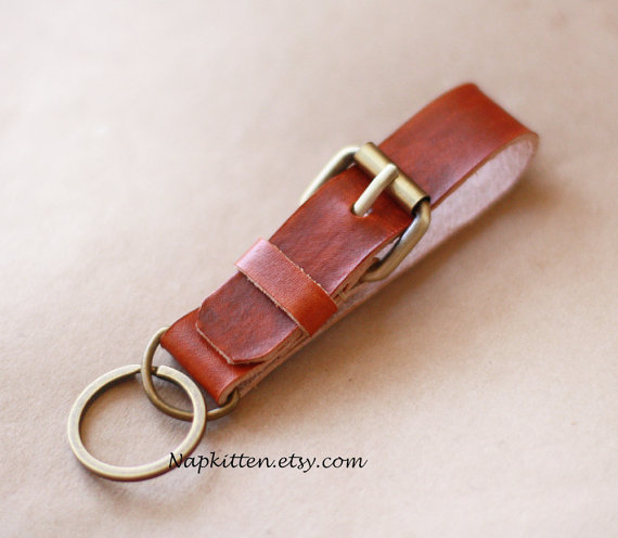 Leather keychain, Belt keychain, handmade key chain, mens keychain, Leather key fob, Leather key holder by Napkitten by napkitten
