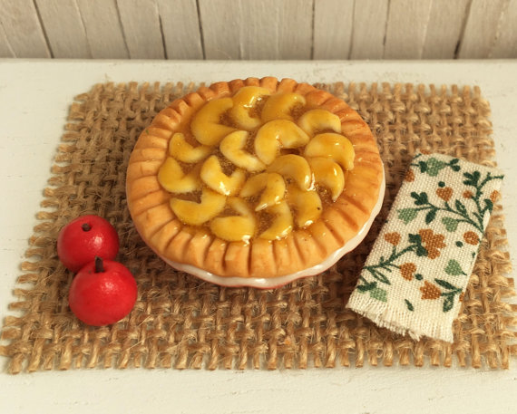 Miniature Apple Pie by LittleThingsByAnna