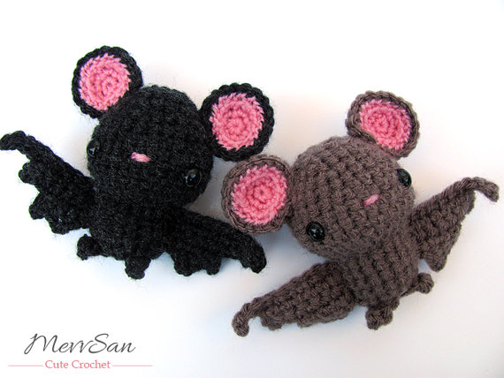 PATTERN: Bo the Bat Crochet bat pattern amigurumi bat | Etsy | 428x570